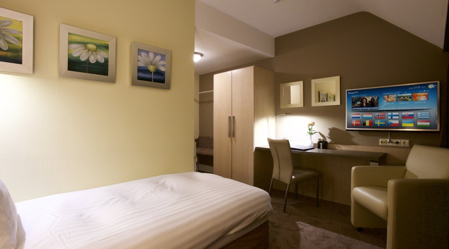 Chambre Simple Hotel Definition : Chambre simple hotel arrows francais